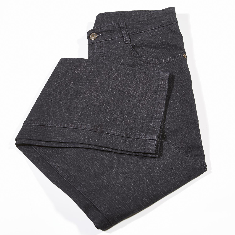 Jeans-Pressl-schwarz_Ansicht-1_97A8934_1500px